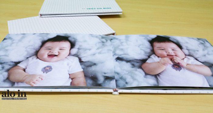 in photobook giá rẻ mở phẳng cho bé