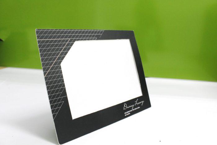 khung hình giây để bàn bồi dày